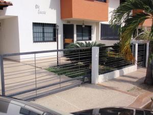 Casa En Ventaen Maracay, La Morita, Venezuela, VE RAH: 17-5927