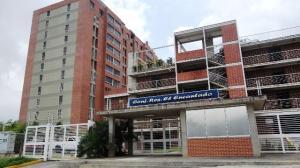 Apartamento En Ventaen Caracas, El Encantado, Venezuela, VE RAH: 17-6033