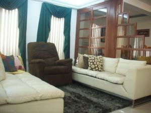 Townhouse En Ventaen Maracaibo, Doral Norte, Venezuela, VE RAH: 17-6263