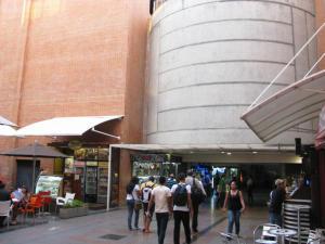 Local Comercial En Ventaen Caracas, El Cafetal, Venezuela, VE RAH: 17-6756
