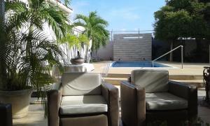 Townhouse En Ventaen Maracaibo, Doral Norte, Venezuela, VE RAH: 17-7325