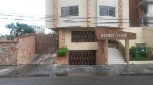 Apartamento En Ventaen Maracay, El Bosque, Venezuela, VE RAH: 17-7380