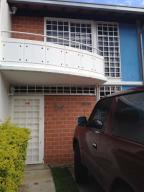 Townhouse En Ventaen Guarenas, Nueva Casarapa, Venezuela, VE RAH: 17-7895