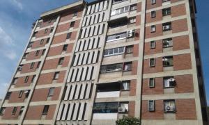 Apartamento En Ventaen Caracas, Los Chaguaramos, Venezuela, VE RAH: 17-7963