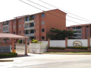 Apartamento En Ventaen Guatire, Sector San Pedro, Venezuela, VE RAH: 17-7908