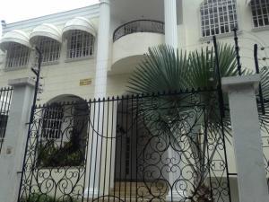 Casa En Alquileren Caracas, La Trinidad, Venezuela, VE RAH: 17-8118