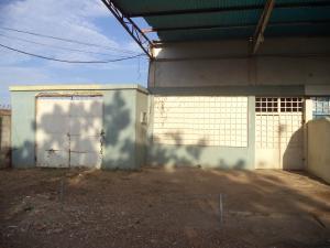 Local Comercial En Ventaen Coro, Av Ramon Antonio Medina, Venezuela, VE RAH: 17-8330