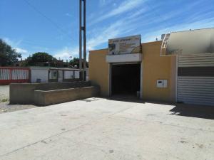 Local Comercial En Ventaen Punto Fijo, Santa Irene, Venezuela, VE RAH: 17-8508