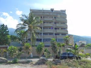 Apartamento En Ventaen Parroquia Caraballeda, Tanaguarena, Venezuela, VE RAH: 17-8968