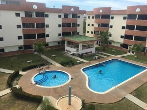Apartamento En Ventaen Higuerote, Higuerote, Venezuela, VE RAH: 17-9028