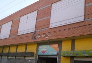 Local Comercial En Alquileren Maracay, El Centro, Venezuela, VE RAH: 17-9293