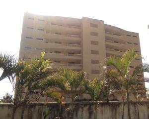 Apartamento En Ventaen Tucacas, Tucacas, Venezuela, VE RAH: 17-10038