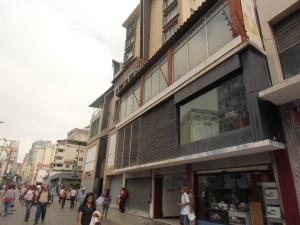 Local Comercial En Ventaen Caracas, Sabana Grande, Venezuela, VE RAH: 17-9331