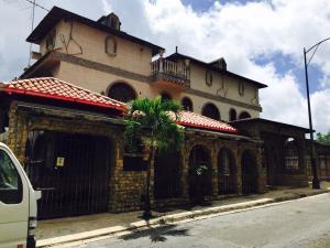 Casa En Ventaen Caracas, Macaracuay, Venezuela, VE RAH: 17-9345