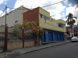 Apartamento En Ventaen Acarigua, Centro, Venezuela, VE RAH: 17-10081