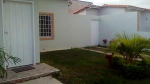 Casa En Ventaen Guacara, Ciudad Alianza, Venezuela, VE RAH: 17-10126