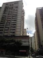 Local Comercial En Ventaen Caracas, Los Dos Caminos, Venezuela, VE RAH: 17-10202