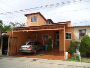 Casa En Ventaen Cabudare, Parroquia José Gregorio, Venezuela, VE RAH: 17-10287