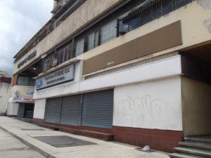 Galpon - Deposito En Ventaen Caracas, Parroquia Santa Teresa, Venezuela, VE RAH: 17-10447