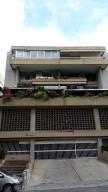 Apartamento En Ventaen Caracas, Cumbres De Curumo, Venezuela, VE RAH: 17-12011