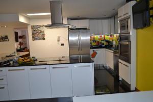 Apartamento En Ventaen Maracaibo, Colonia Bella Vista, Venezuela, VE RAH: 17-10423