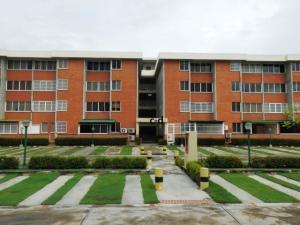 Apartamento En Ventaen Higuerote, La Costanera, Venezuela, VE RAH: 17-10668