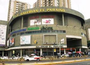 Local Comercial En Ventaen Caracas, El Paraiso, Venezuela, VE RAH: 17-10957