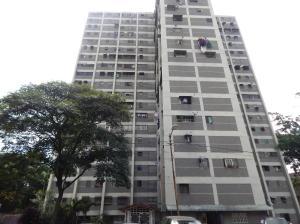 Apartamento En Ventaen Caracas, Caricuao, Venezuela, VE RAH: 17-12042
