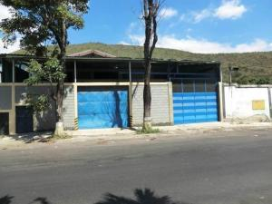 Galpon - Deposito En Alquileren Guarenas, Guarenas, Venezuela, VE RAH: 17-11098