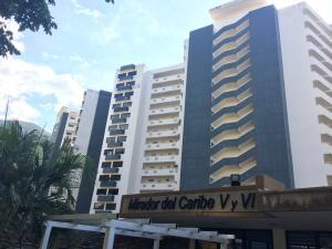 Apartamento En Ventaen Parroquia Caraballeda, La Llanada, Venezuela, VE RAH: 17-11337