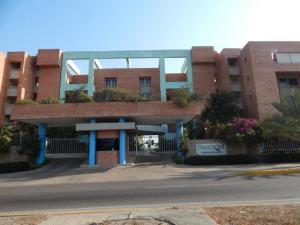 Apartamento En Alquileren Lecheria, Complejo Turistico El Morro, Venezuela, VE RAH: 17-11314