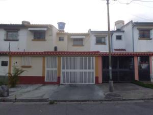 Casa En Ventaen Guatire, Valle Arriba, Venezuela, VE RAH: 17-11340