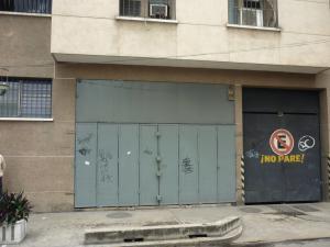 Local Comercial En Ventaen Maracay, Avenida 19 De Abril, Venezuela, VE RAH: 17-11468