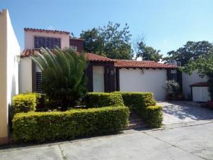 Casa En Ventaen Cabudare, Parroquia José Gregorio, Venezuela, VE RAH: 17-11704