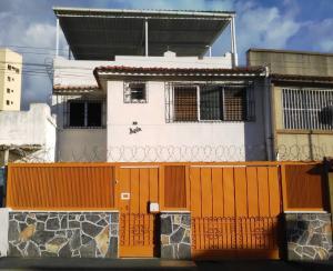 Casa En Ventaen Caracas, La Florida, Venezuela, VE RAH: 17-11994