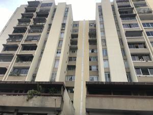Apartamento En Ventaen Caracas, Campo Alegre, Venezuela, VE RAH: 17-12230