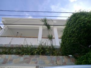 Casa En Ventaen Guatire, Valle Arriba, Venezuela, VE RAH: 17-12232