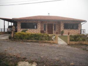 Casa En Ventaen San Antonio De Los Altos, Las Salias, Venezuela, VE RAH: 17-12395