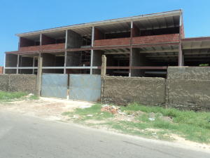 Local Comercial En Ventaen Punto Fijo, Puerta Maraven, Venezuela, VE RAH: 17-12557