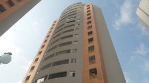 Apartamento En Ventaen Valencia, El Parral, Venezuela, VE RAH: 17-12447
