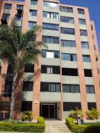Apartamento En Ventaen Caracas, Los Naranjos Humboldt, Venezuela, VE RAH: 17-12471