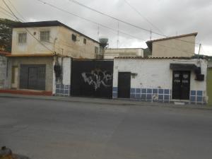 Terreno En Ventaen Maracay, Zona Centro, Venezuela, VE RAH: 17-12703