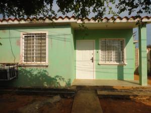 Casa En Ventaen Municipio San Francisco, El Soler, Venezuela, VE RAH: 17-12762