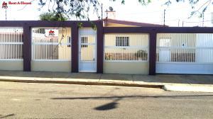 Casa En Ventaen Punto Fijo, Los Caciques, Venezuela, VE RAH: 16-15559