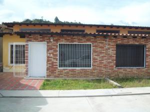 Townhouse En Ventaen Bocono, Via Bocono, Venezuela, VE RAH: 17-12859