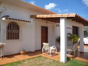 Casa En Ventaen Punto Fijo, Judibana, Venezuela, VE RAH: 17-12889