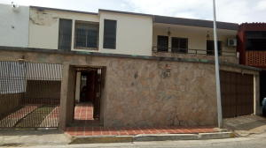 Casa En Ventaen Barquisimeto, Club Hipico Las Trinitarias, Venezuela, VE RAH: 17-13109