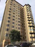 Apartamento En Ventaen Caracas, Santa Rosa De Lima, Venezuela, VE RAH: 17-13244
