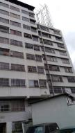 Local Comercial En Ventaen Caracas, Plaza Venezuela, Venezuela, VE RAH: 17-13324