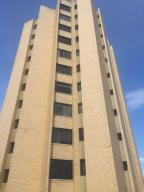 Apartamento En Ventaen Maracaibo, La Lago, Venezuela, VE RAH: 17-13240